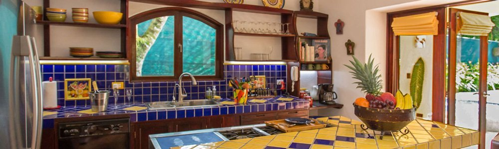 Discovery-Beach-House--kitchen-header