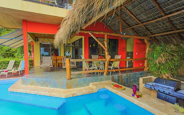Vista Oceana pool