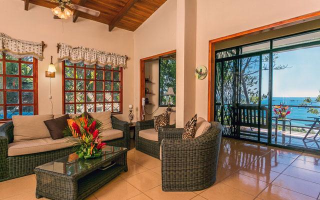 Villa Playa Mono - living room