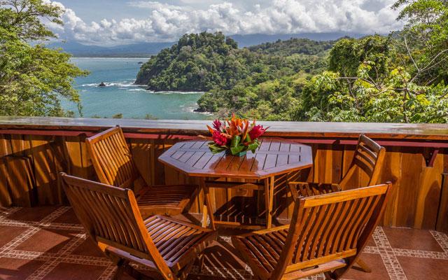 Casa Pura Paz outdoor dining view