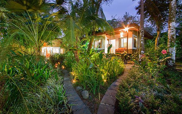 casa maravilla manuel antonio guesthouse and extra casita