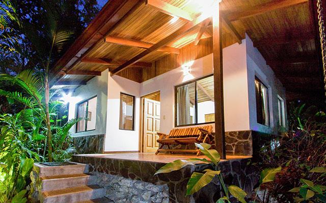 casa maravilla manuel antonio guesthouse