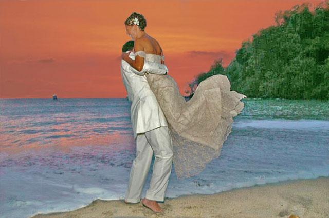 Discovery Beach House beach wedding