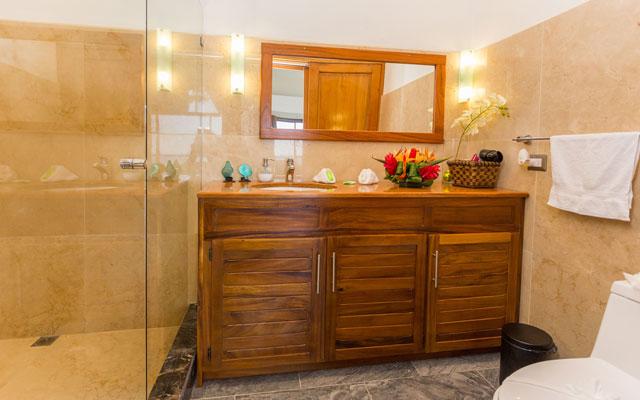 Casa Grande Vista bathroom