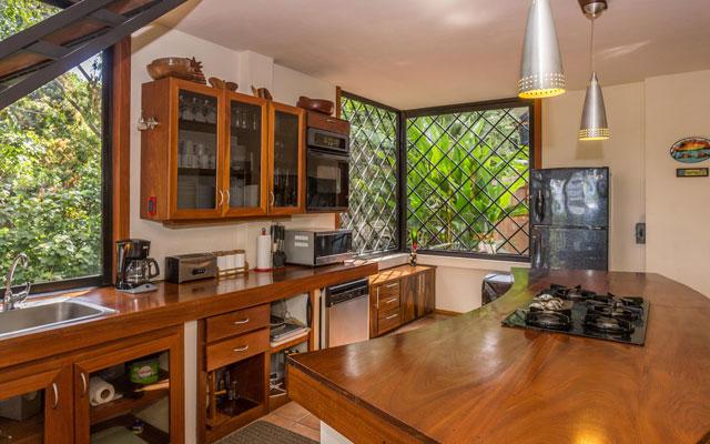 Casa Luz kitchen