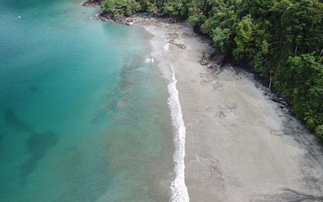 Casa-Pura-Paz-beach