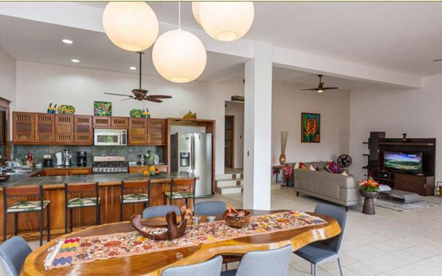Casa-Pura-Paz-kitchen-dining-living-rooms