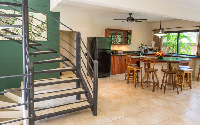 Casa Tipoha staircase