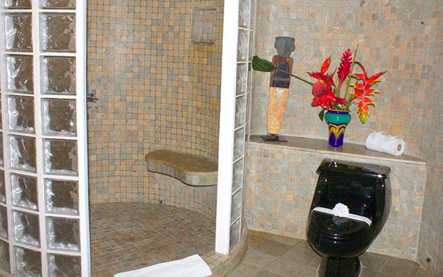 Casa Tranquilidad bathroom