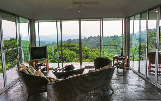 Casa-de-los-Suspiros-living-room-view
