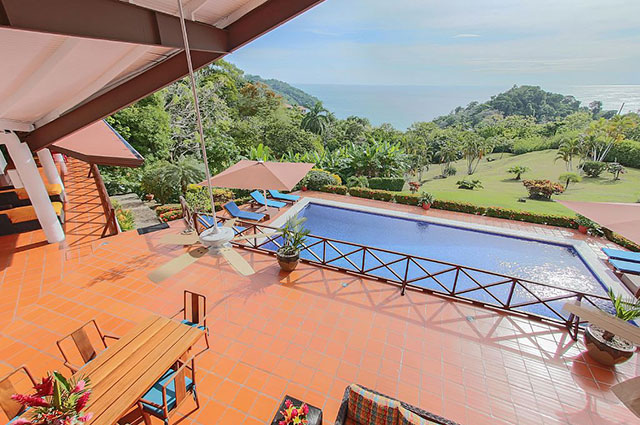 Manuel Antonio Vacation Rental VP Private Resort outdoor dining and pool