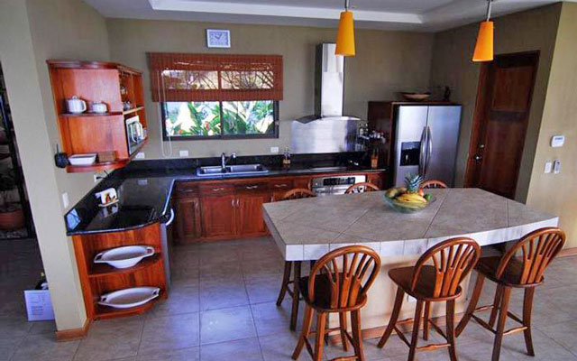 Vista Oceana kitchen