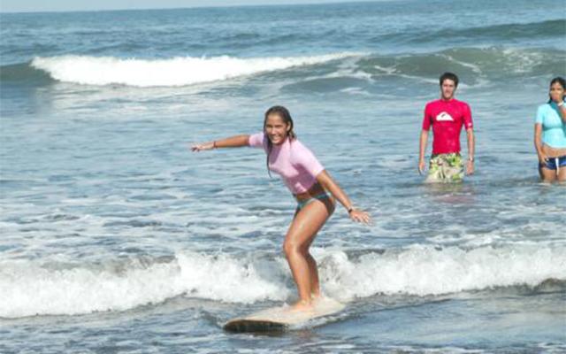 Manuel Antonio Vacation Rentals: Manuel Antonio Surf School 2