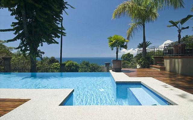 Manuel Antonio Villas: Casa Carolina pool view