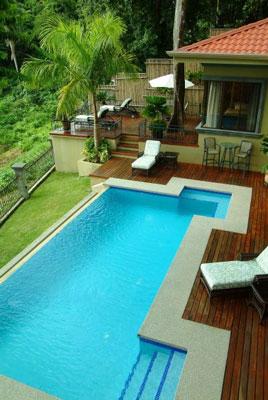 Vacation Retreats Manuel Antonio: Casa Carolina swimming pool