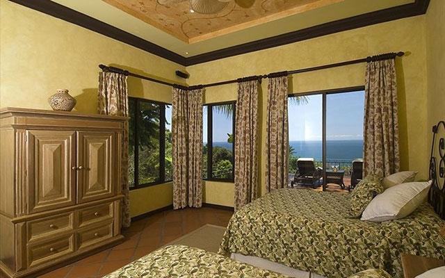 Vacation Manuel Antonio: Casa Carolina guest bed 4