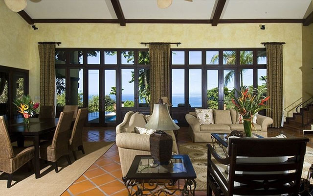 Manuel Antonio Rental Properties: Casa Carolina interior