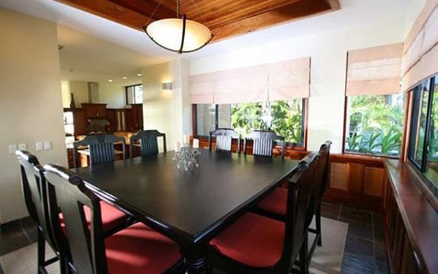 Casa Reserva dining