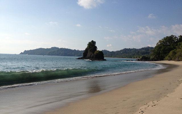 Villa Vista del Mar manuel antonio national park beach