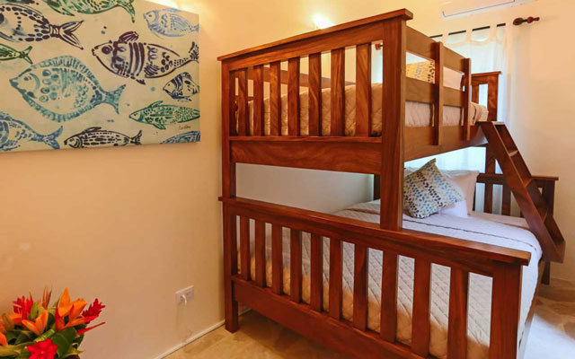 Casa Tipoha bunkbeds