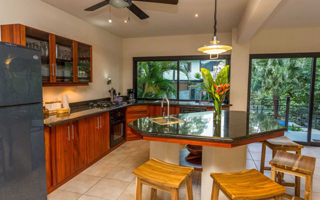 Casa Tipoha kitchen