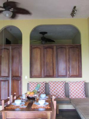 Villa Vista del Mar kitchen and dining