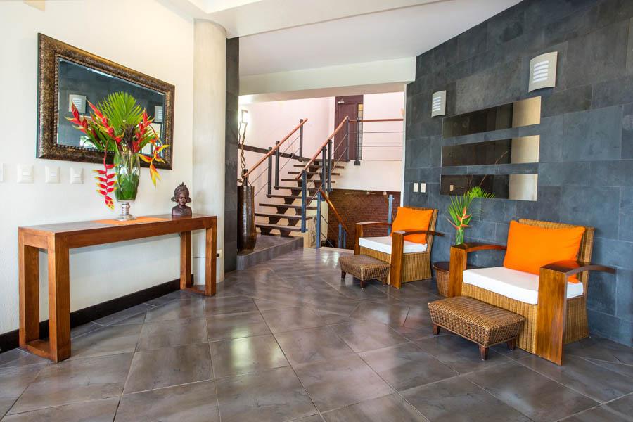 Villa Perezoso sitting area