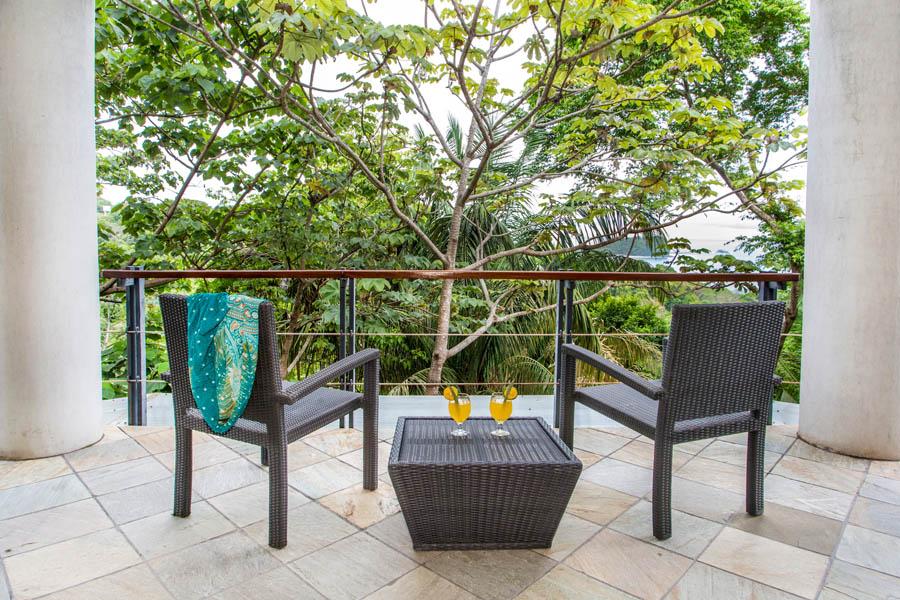 Villa Perezoso master suite patio