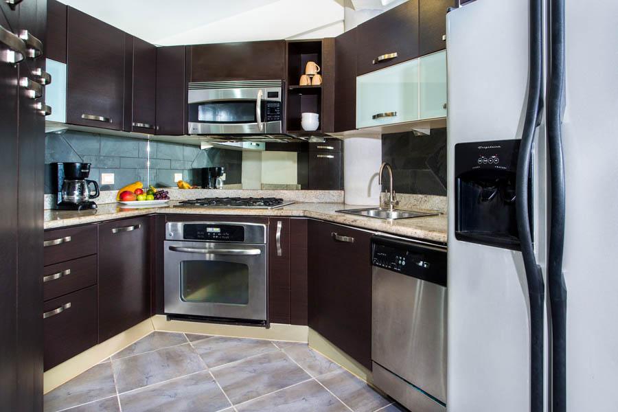 Villa Perezoso penthouse kitchen