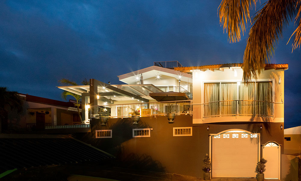 Casa Alta Vista exterior at night