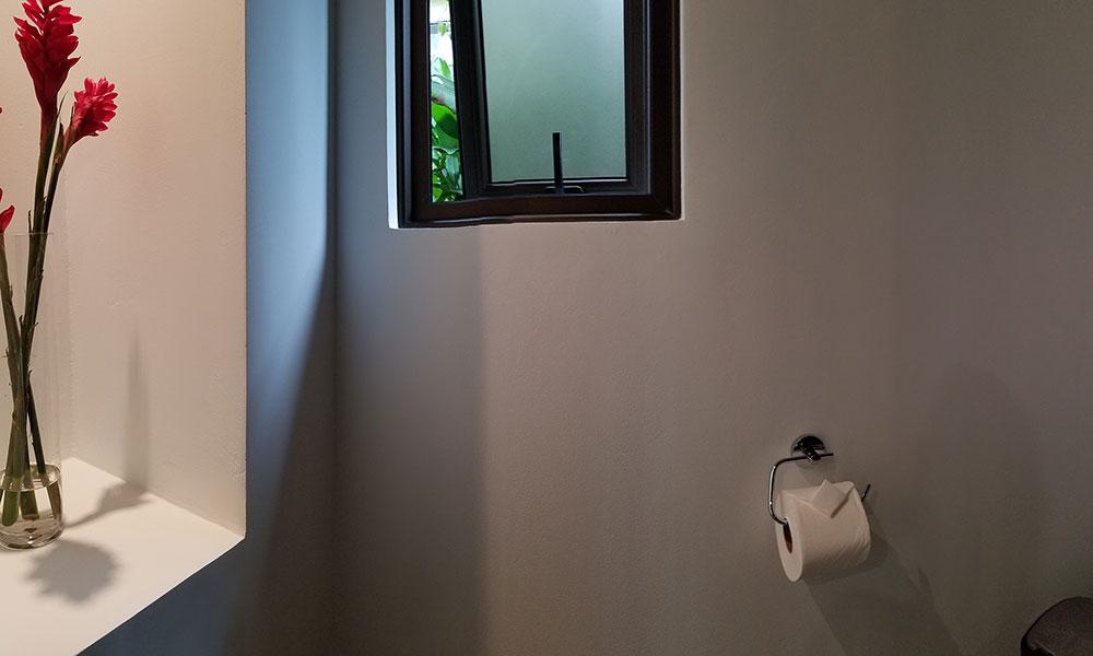 Tulemar 203 bathroom