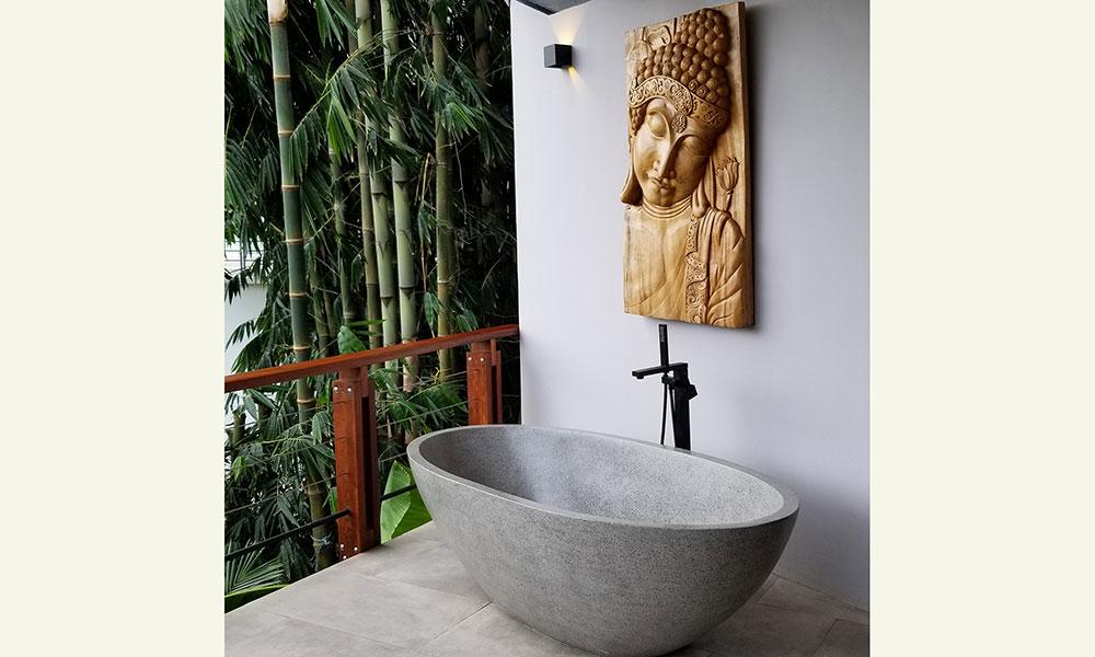 Tulemar 203 outdoor bath