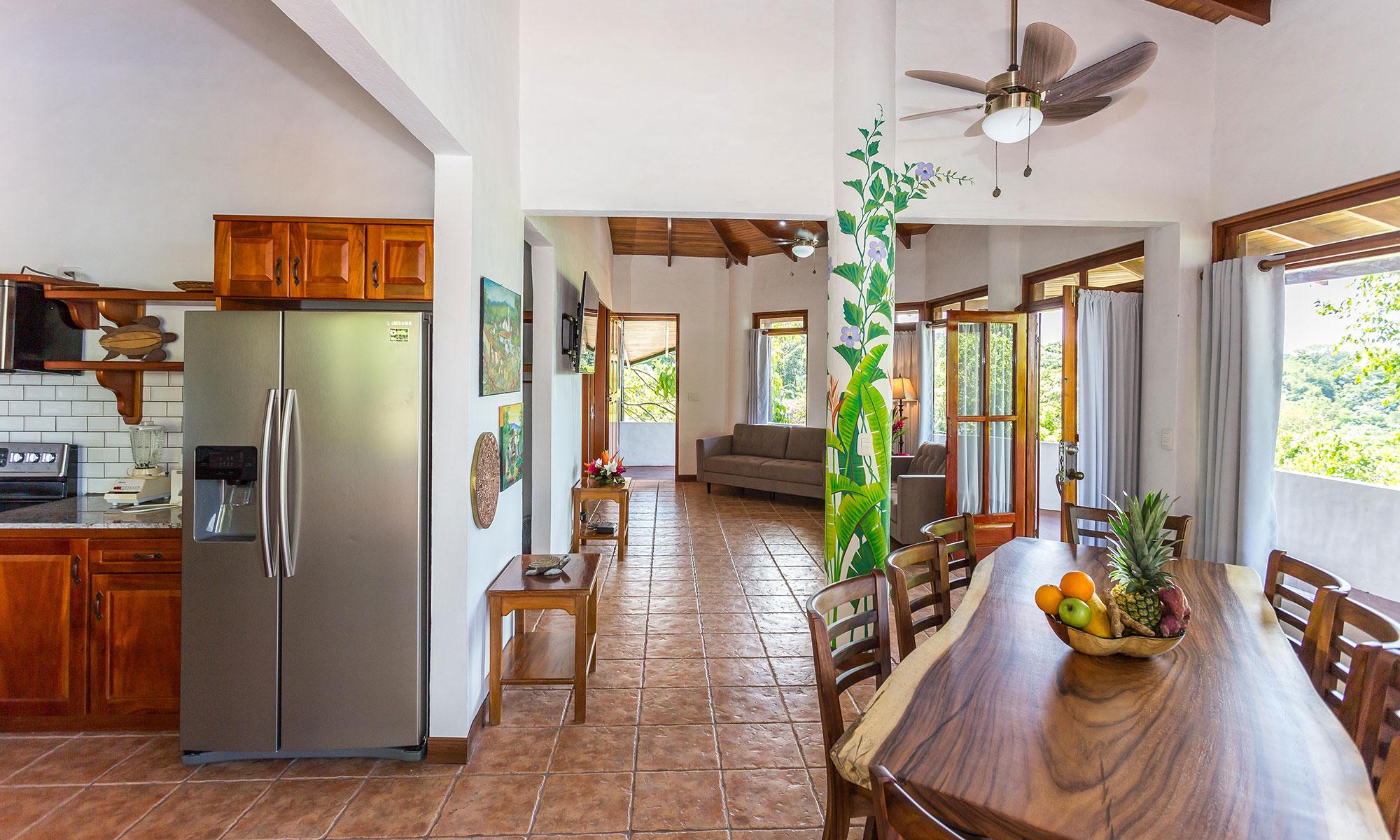 Villa Natura kitchen and dining