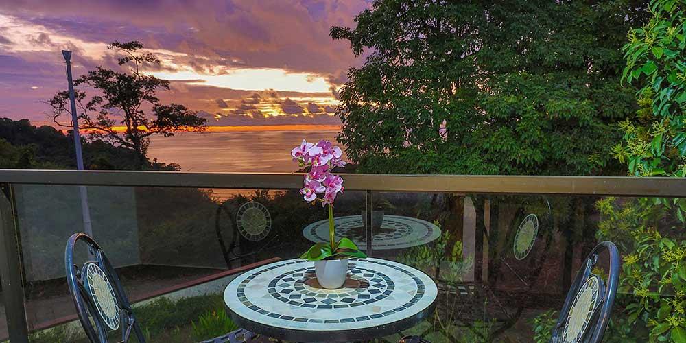 Casa Wyrica patio sunset