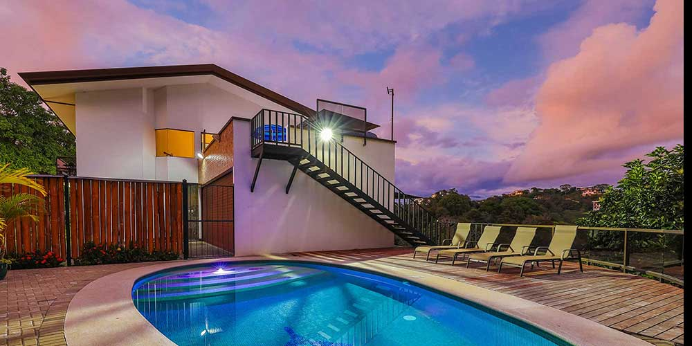 Casa Wyrica pool and houses unset