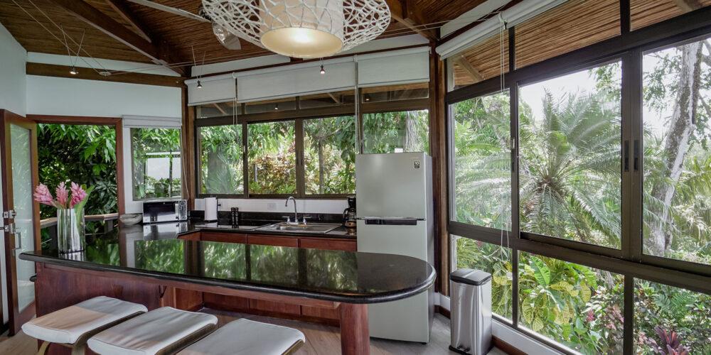 Sunset Hideaway Villa kitchen1