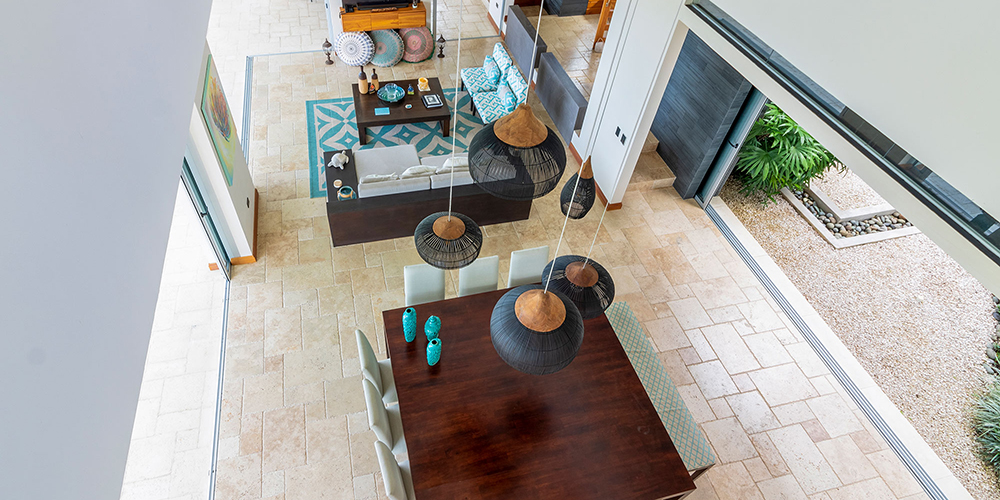 Casa Contee living room